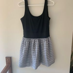 Miley Cyrus max Azria baby doll dress size large